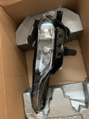 OEM original 2019-2020 Chevy Camaro Headlamp Assembly Part for Sale in Medley, FL