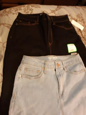 Women skinny Jeans size 11 for Sale in New Canton, VA