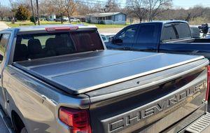 2019-2020 Chevrolet Silverado Bed Cover for Sale in Arlington, TX