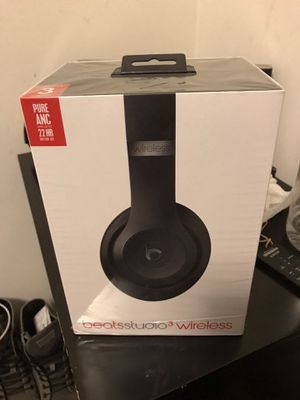 Beats Studio in box with AppleCare warranty for Sale in Greater Landover, MD