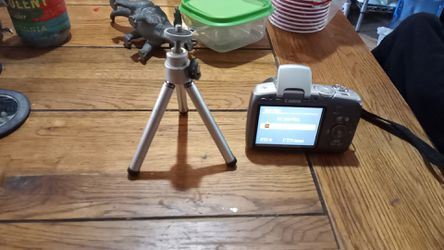 Canon 10x 9.0 for Sale in Woodville,  CA