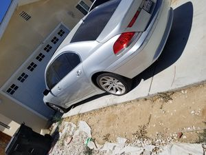 2002 BMW 745li (please read the car have to be tow) for Sale in Victorville, CA