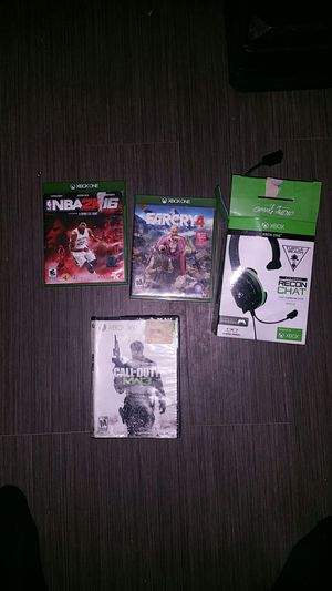 Xbox one games and headphones for Sale in Milford Mill, MD