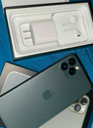 IPhone 11 pro max for Sale in Waldorf, MD