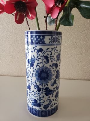 Flower Vase for Sale in Bremerton, WA