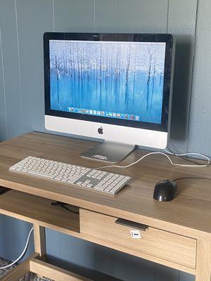 Like new iMac for Sale in Hillisburg, IN