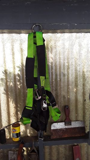 Construction harness for Sale in Aberdeen, WA