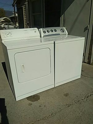 Combo whirlpool washer and dryer gas super capacity for Sale in San Bernardino, CA