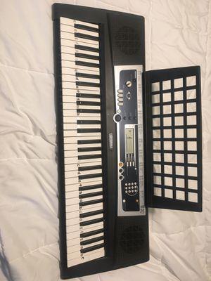 Yamaha Electric Keyboard for Sale in Tampa, FL