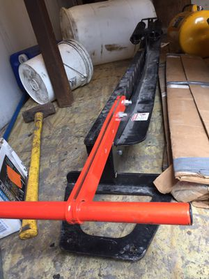 Metal Shears with blades - Roof or roofing for Sale in Grosse Pointe Park, MI