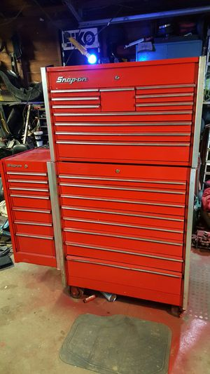Snap on stand up tool box for Sale in Cedar Hill, MO