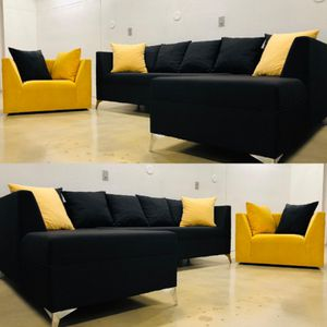 Sectional Sofa couch for Sale in North Miami Beach, FL