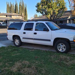 Chevy Suburban for Sale in Stockton, CA