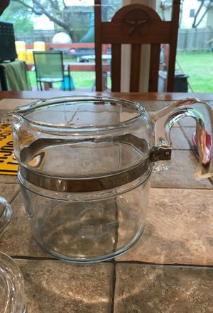 Pyrex 6 cup percolator, missing cover for basket. for Sale in Austin, TX