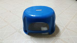 Small Plastic Stool for Sale in Dickinson, TX