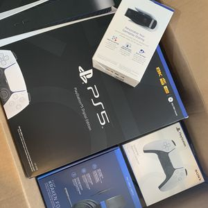 PS5 Bundle *With GameStop Giftcard* for Sale in Cupertino, CA