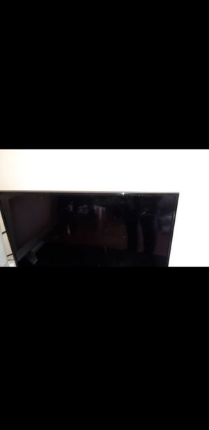 32INCH TCL ROKU SMART TV $70 for Sale in Stickney, IL