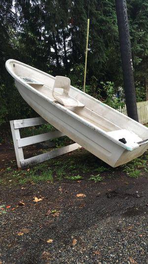 12ft fiberglass boat for Sale in Lakewood, WA