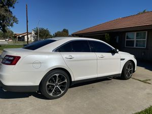 2016 Ford Taurus SEL for Sale in Moreno Valley, CA