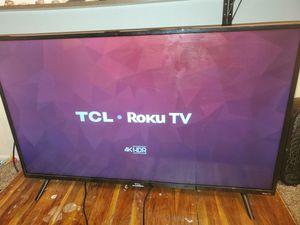 Tcl 4k hdr roku tv for Sale in Phoenix, AZ