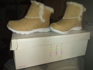 Girl sizr 8 boots never worn for Sale in Columbus, OH