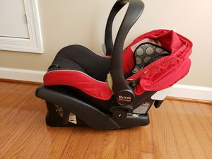 Britax infant car seat with car base. for Sale in Elkridge, MD