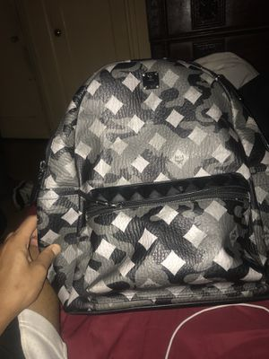 MCM Bag Like new (Used) worn a few times for Sale in Detroit, MI