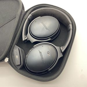 Bose QC35 Quite Comfort Noise Cancelling Wireless Headphones for Sale in Shoreline, WA