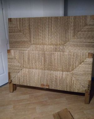 REAL BAMBOO QUEEN Headboard and footboard with Cherry Wood Slats for Sale in Las Vegas, NV