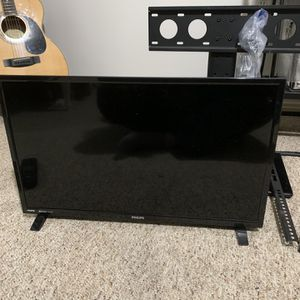Phillips TV with Stand for Sale in Portland, OR