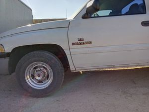 1994 Dodge Ram 2500 PARTS PARTS PARTS for Sale in Glendale, AZ
