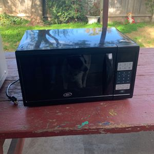 Microwave for Sale in Escalon, CA