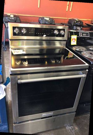 Brand New Kitchenaid French Electric Stove (Model:KFEG500ESS) BCPYD for Sale in Houston, TX