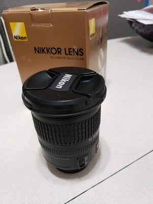 Nikon AF-S 10mm-24mm f 3.5 WIDE ANGLE LENSE like new! for Sale in Las Vegas, NV