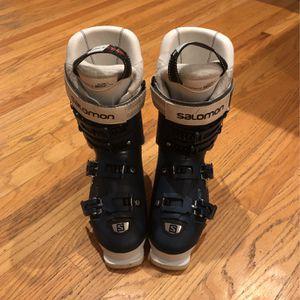 Salomon X Max W90 Size 25 Women's Ski Boot for Sale in Los Angeles, CA