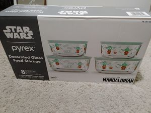 Brand New Star Wars Pyrex Food Containers for Sale in Ontario, CA