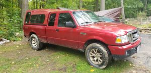Ford Ranger XLT 4x4 for Sale in Hinckley, OH