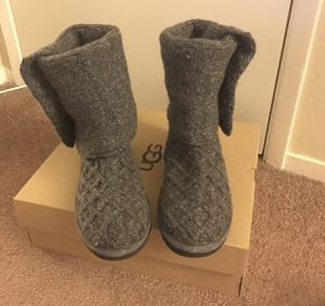100% Authentic Brand New in Box UGG Lattice Cardy Knit Boots / Women Size 6 and Women Size 11 available / Color Grey for Sale in Pleasant Hill, CA