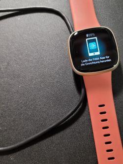 Fitbit Versa 3 for Sale in Morriston,  FL