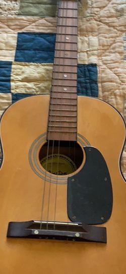 Winston Guitar for Sale in Atlanta,  GA