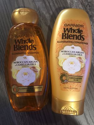 Garnier whole blends Moroccan Argan & camellia oil shampoo and conditioner set for Sale in San Bernardino, CA