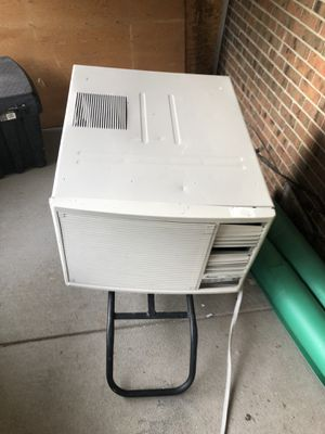 Ac unit,big for Sale in Lakewood, CO