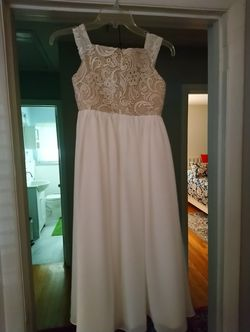 Flower girl dress size 8 girls for Sale in Decatur,  GA