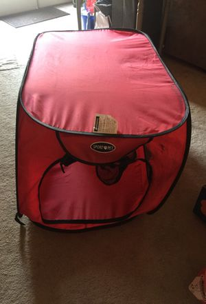 Large portable dog kennel for Sale in Everett, WA