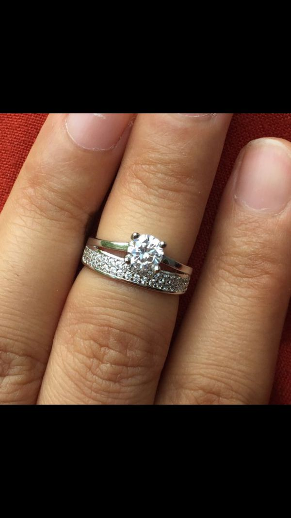 White gold filled solitaire ring size 5 jewelry