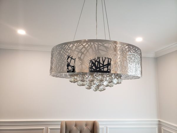 Silver chandelier set