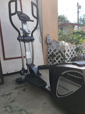 bladez-fitness-quantum-elliptically heart rate , severel workout serial 250 pounds/ for Sale in San Bernardino, CA