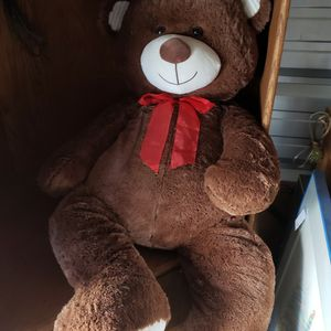Giant Teddy Beat for Sale in Paso Robles, CA
