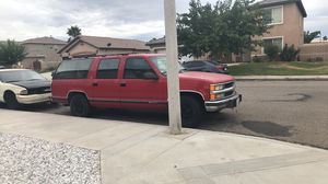 1993 Surburban for Sale in Victorville, CA