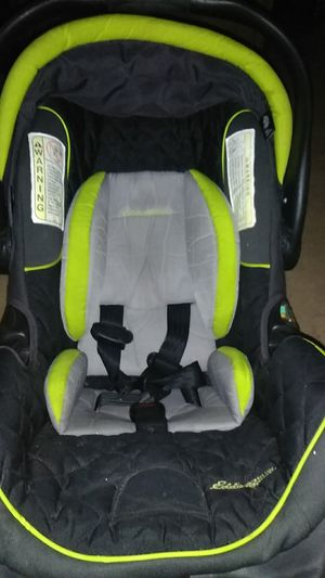 Eddie Bauer infant car seat carrier for Sale in Sherman, TX